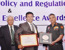 Dr RV Raj Kuumar, divisional head - Coimbatore plant, KBL, received the award from Lt. Gen Anil Chait, Ministry of Defence, at an ASSOCHAM summit in Delhi