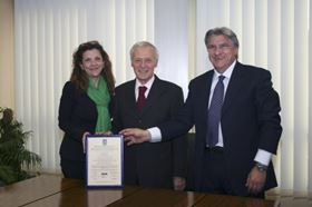 From left to right: Doctor Ssa Lama – Bologna DNV director, Signor Giorgio Caprari – managing director and general manager , and Signore Luigi Varanese – corporate quality manager.