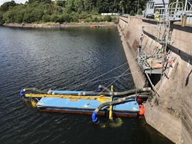 The main contractor involved was Campion Pumps, who managed the design, assembly and delivery of the overall project. A floating assembly discharged into an opening at the centre of the dam.