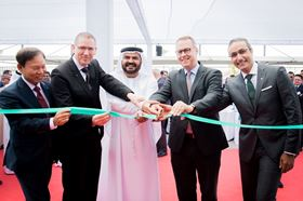 From left to right: Yunjoong Kim (Wilo SE); Georg Weber (CTO, Wilo SE); Mohammed Al Muallem (Chairman of DP World and Jafza); Peter Fischer (German Ambassador to the UAE) and Yasser Nagi (Group Director Sales Area MENA) at the opening of the new Wilo representative office in Dubai.
