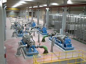 Figure 1. Six MSD/4 10x10x15A pumps with ERT of two injectors supplied to Valdelentisco SWRO to feed separate lines.