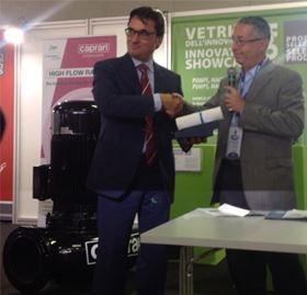 Alberto Caprari, Executive Director of Caprari, collects the Innovation Showcase award at ACCADUEO 2014.