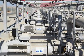 Photo: KSB has supplied 39 refinery pumps for a new pipeline in Oman (© KSB SE & Co KGaA, Frankenthal).