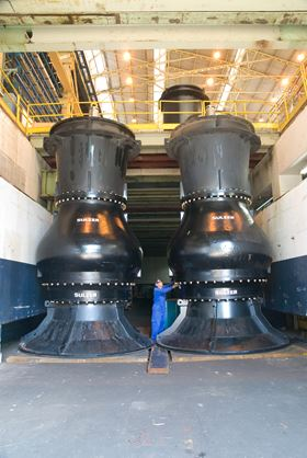 The project involved some of the largest pumps ever built by Sulzer.