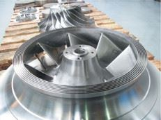 Figure 6. The effective machining time for this impeller machined from a solid was justapprox. 200 hours without running in.