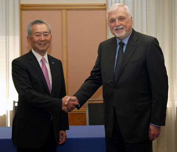 Toshihiko Kai (left), president and CEO, Nikkiso Co Ltd, and Ross Brown (right), CEO and majority shareholder, Cryogenic Industries, when the deal was first announced earlier this year.