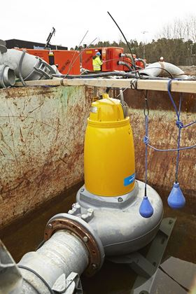 Xylem's Flygt N 3202 is installed in a temporary container solution for bypass pumping.