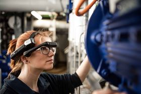 At this year's ACHEMA, KSB Service GmbH is, for the first time, presenting its new service concept based on augmented reality. (KSB SE & Co. KGaA, Frankenthal)