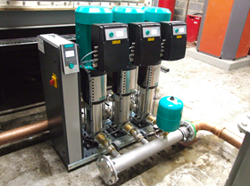 The compact pressure boosting system uses high-efficiency Wilo Helix VE pump hydraulics.