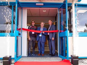 Left to right: Todd Rief, CEO of Armstrong Fluid Technology; Jason Kee – Trade Commissioner of the High Commission of Canada; and Simon Parker, UK country lead for Armstrong Fluid Technology, at the opening.