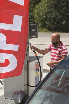 Driven by an Italian law that mandates increased production and consumption of alternative fuels, the country's autogas market has grown to 5% of the motor-fuel pool with around 4,000 retail sites now offering the fuel.