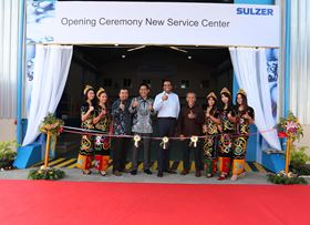 Sulzer's Indonesia management team officially open the new service centre.
