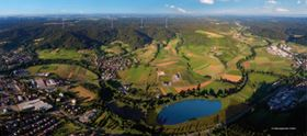 This shows how the landscape around the town of Gaildorf will look at the end of 2018 when the Naturstromspeicher is in full operation.