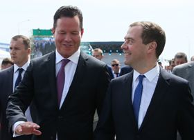 Dmitry Medvedev (right), the Russian prime minister, chats to Wilo CEO Oliver Hermes (left) at the official opening of Wilo's new production plant in Moscow-Noginsk.