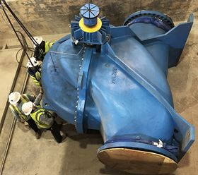 The new 18-tonne pumps presented a considerable installation challenge.