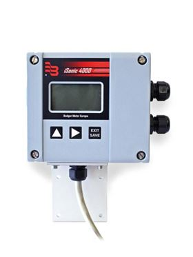 Data can be downloaded using the 'Flow Meter Tool' PC software which allows the user to programme all parameters.