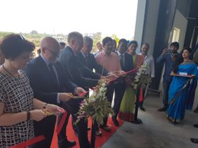 Cutting the ribbon at the opening of DESMI's new plant in India.