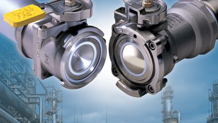 Dry disconnect couplings ideal for use in pharmaceutical manufacturing