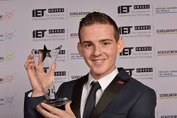 Apprentice technician wins IET award for contribution to wind energy project
