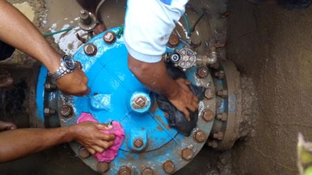 Water loss cut with automatic control valves