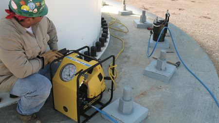 Enerpac launches new tensioning pumps