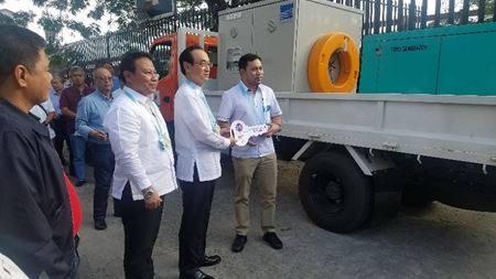 Ebara provides drainage pump trucks for the Philippines